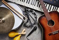 楽器買取専門店