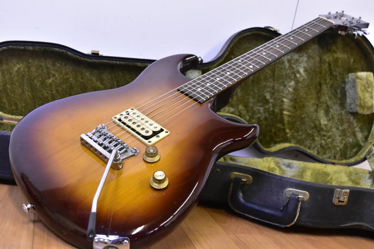 ヤマハギターとケース